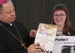 Uczennica SP 13 Zuzanna Kasprzyk laureatką diecezjalnego konkursu