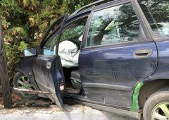 Volvo w płocie, za kierownicą nastolatek po amfetaminie. Finał ucieczki przed policjantami
