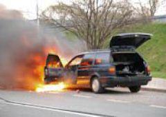 Pożar samochodu napędzanego gazem