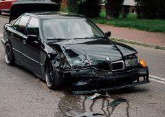 Zderzenia BMW z Mazdą na ulicy Norwida