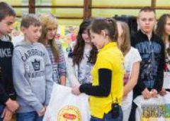 Zestawy kulinarne trafiły w ręce gimnazjalistów ze Skarżyska-Kamiennej