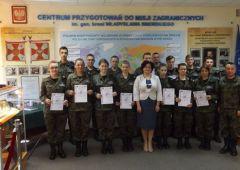 Kolejne certyfikaty w Centrum Przygotowań do Misji Zagranicznych w Kielcach dla uczniów Zespołu Szkół Transportowo-Mechatronicznych