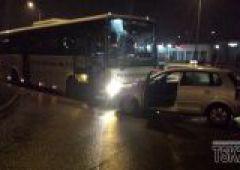 61-latek z 2,8 promila pojechał pod prąd i zderzył się z autokarem PKS