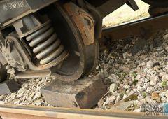 Wykoleił się pociąg jadący ze Skarżyska do Kielc