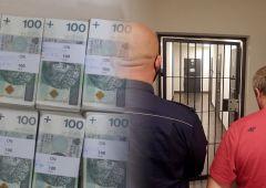 Ocalili przeszło 100.000 zł. Fałszywy policjant w kajdankach