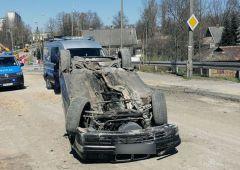 Wypadek drogowy na remontowanym wiadukcie w Skarżysku-Kamiennej