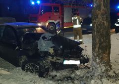 Wypadek drogowy w Suchedniowie z udziałem samochodu osobowego BMW